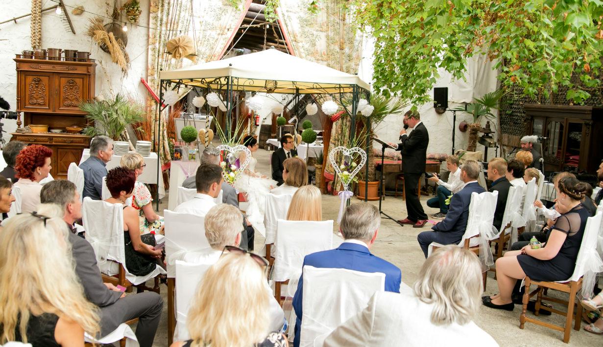 Freie Trauung in der Hochzeitslocation Kellers Keller