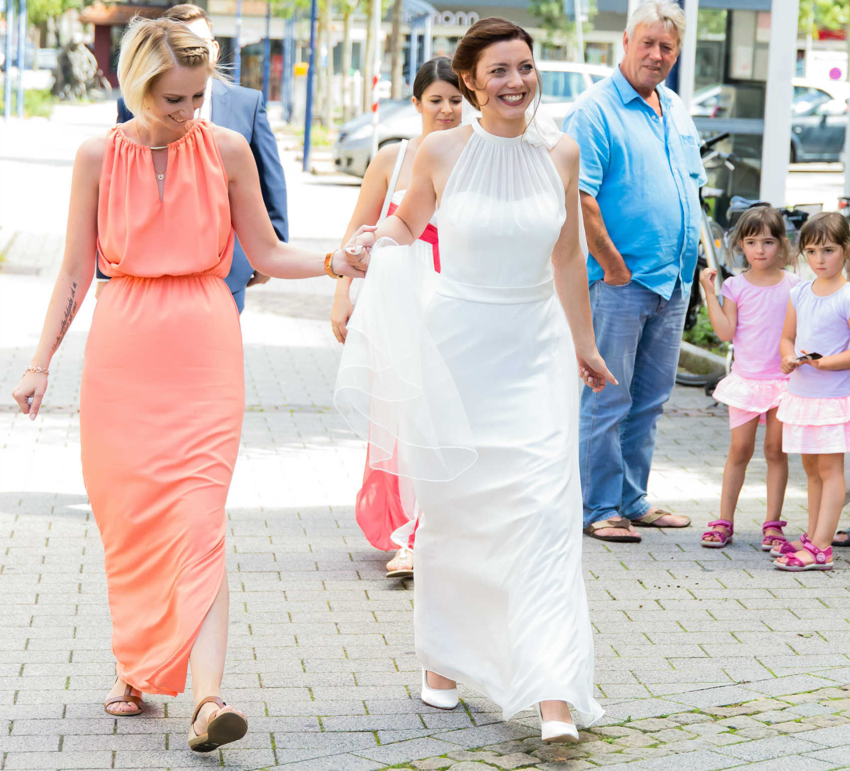 Braut Gang zur Kirche in Hassloch Pfalz