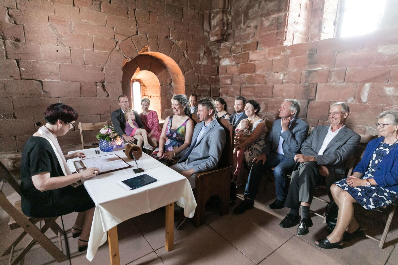 Trauung in der Krypta der Burg Trifels